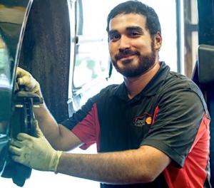 Oswaldo Gonzalez, Technician, Cardinal Plaza Shell, Springfield, VA